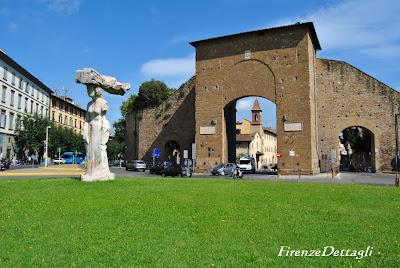 Флоренция Римские ворота