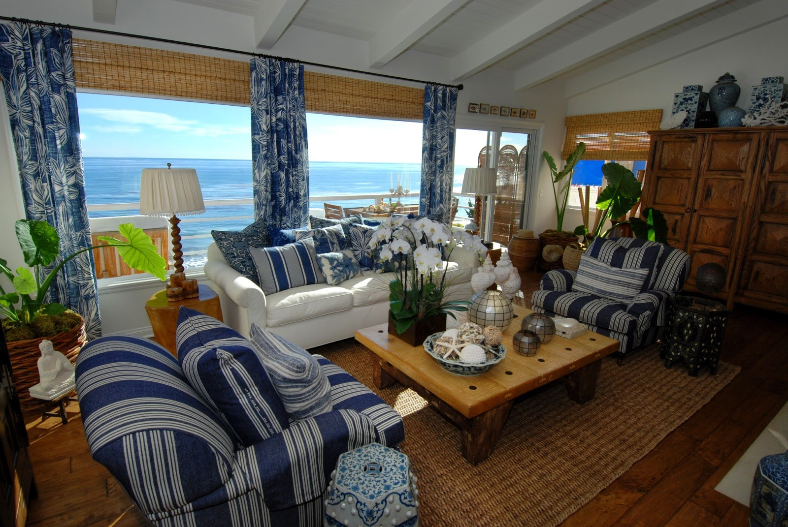 Everything coastal sea blue and white always a for Beach house look