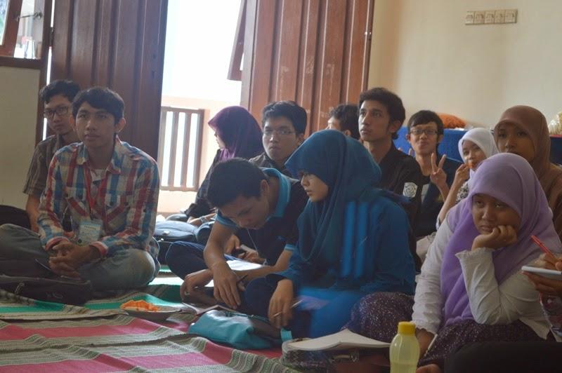 Pelatihan Penulisan TEGAZS UB 2014
