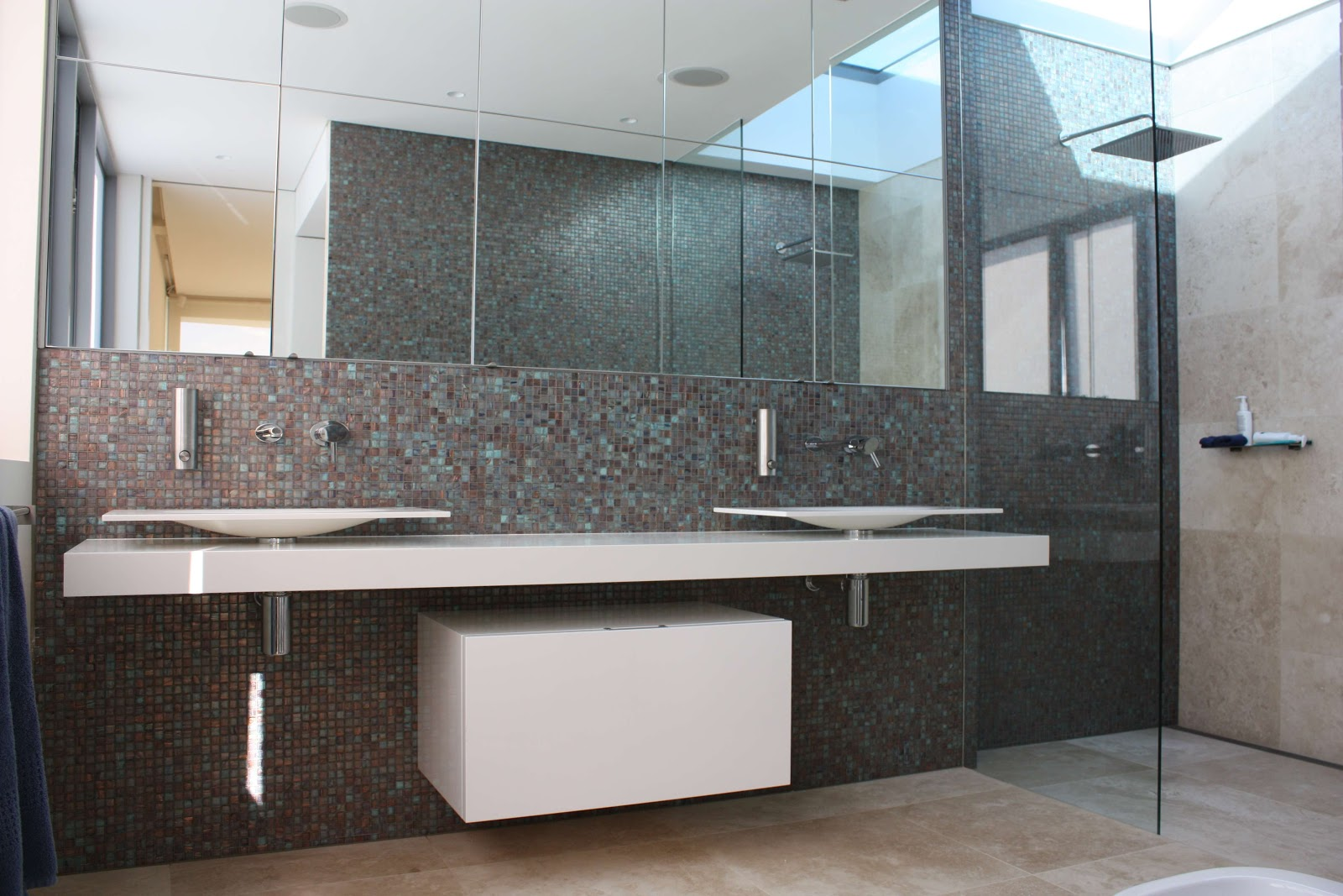 Travertine Bathrooms, The Natural Choice   Modern Design