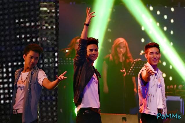 คอนเสิร์ต DJ on stage vs The star