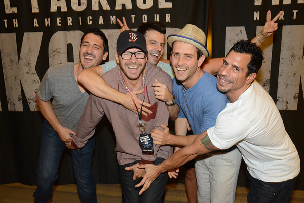 Nkotb news nkotb news for july 4 joe has shared some more short video clips on vine and instagram check out the links below duck walk at the peabody hotel memphis m4hsunfo