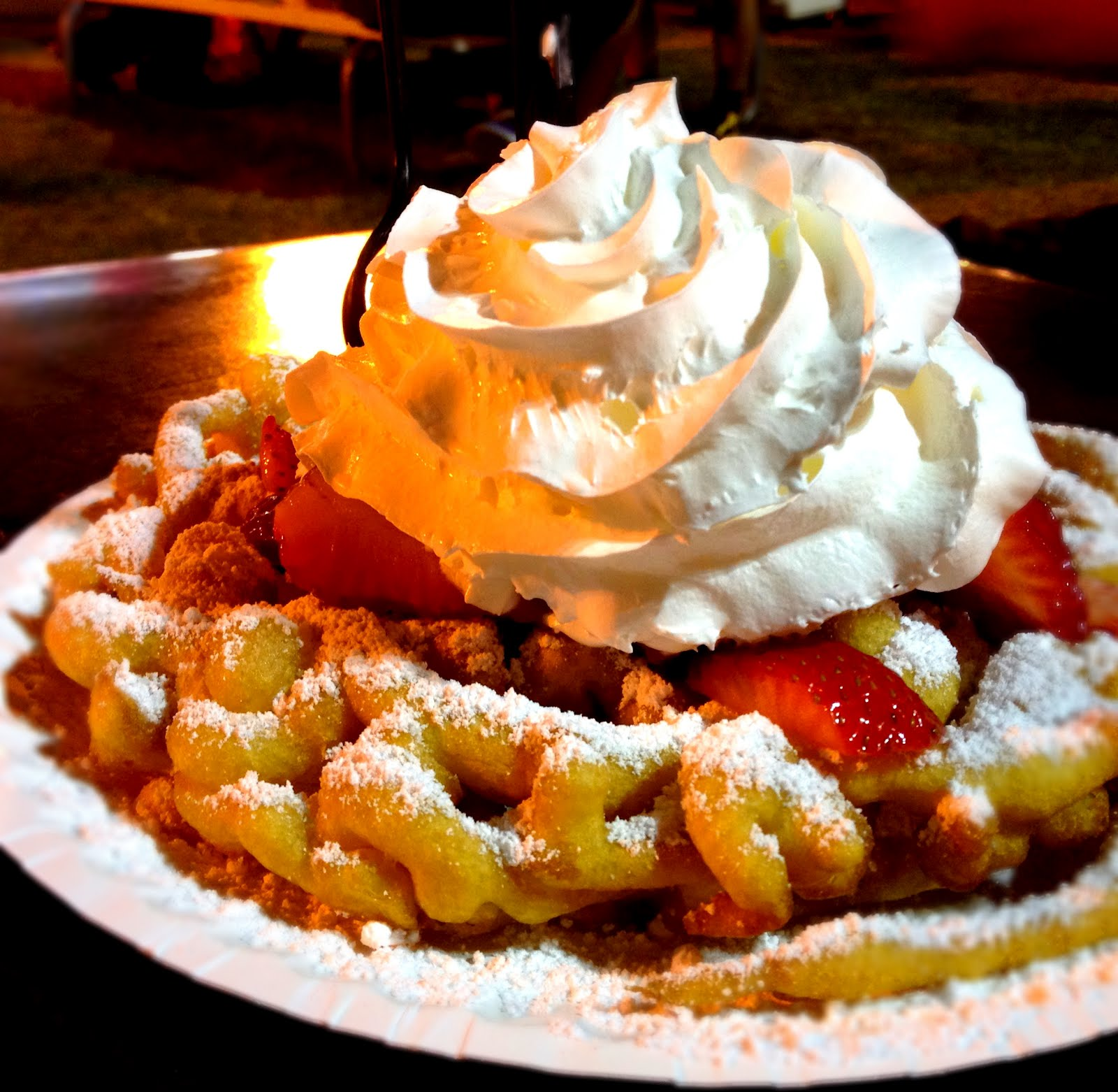 Monster Munching: Funnel Cakes at The Lazy Toucan - Costa Mesa