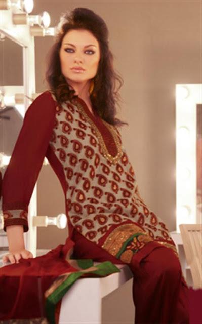 Stylish Pakistani Shalwar Kameez Designs