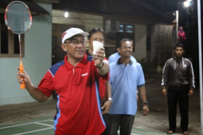 Wawali Buka Turnamen Bulutangkis LPM Cup
