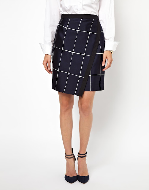grid patterned skirt