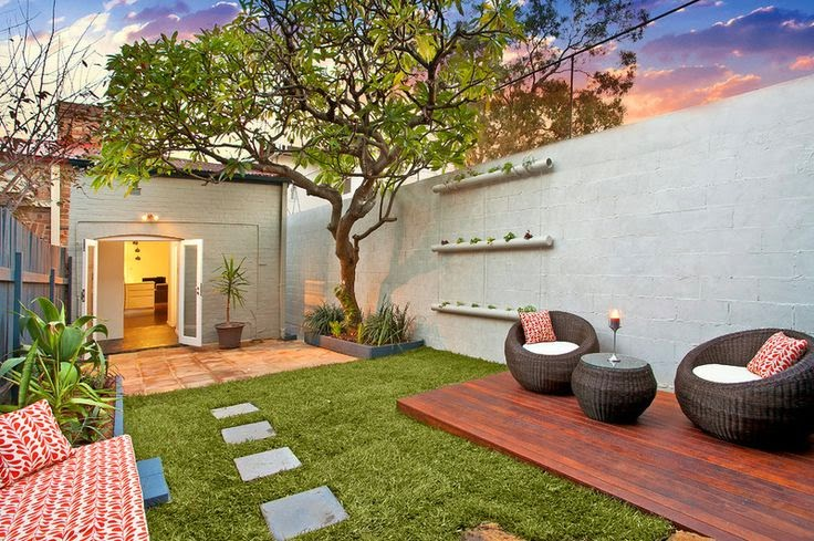 quintal jardim vertical:Small Back Yard Design Ideas