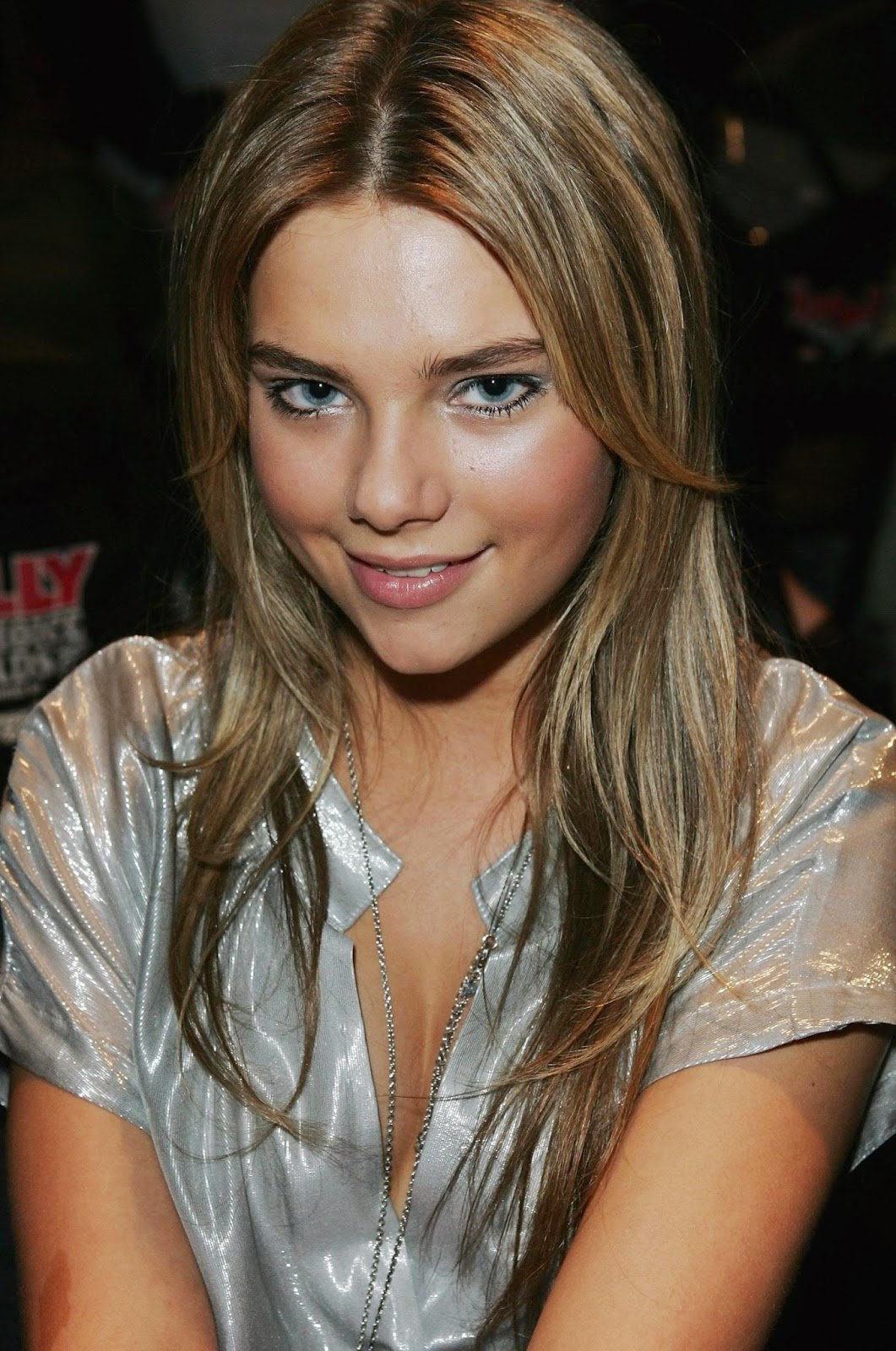 Photo And Biography Indiana Evans