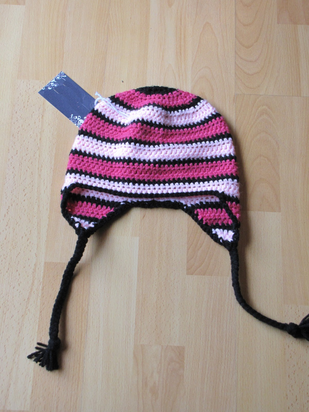 Easy Crochet Hat Pattern With Ear Flaps : Niks Knots: Canadian Love Easy Ear-flap Toque