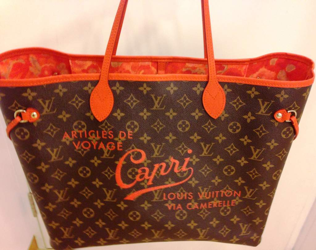 Charming Capri Jets Batik Adventure Elizabeth Bag Madeline Tote Putih As One Of The Best Holiday Destinations In World Is Also A Sought After Destination For Shoppers Few Years Back Louis Vuitton Released
