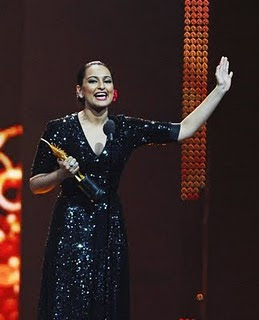 Dabangg Girl Sonakshi Sinha At IIFA Awards Photos And Videos