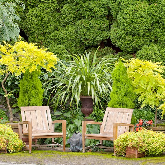 In The Absence Of A Change Up Of Fabrics Or Hardscape, Plants Can Be A  Welcome Way To Add Living Décor To A Patio Space.