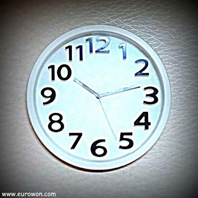 Reloj coreano