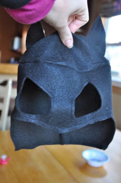 Маска бэтмена сшить своими руками пошаговая инструкция 85