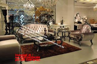 Toko mebel jati klasik jepara,sofa cat duco jepara furniture mebel duco jepara jual sofa set ruang tamu ukir sofa tamu klasik sofa tamu jati sofa tamu classic cat duco mebel jati duco jepara SFTM-44059