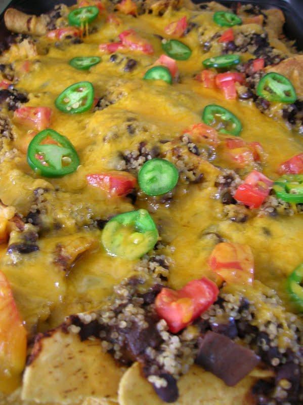 Rindy Mae: Black Bean Nachos