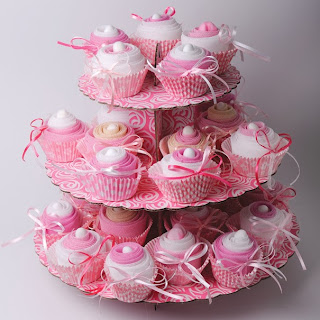 cupcakes fovors for christening
