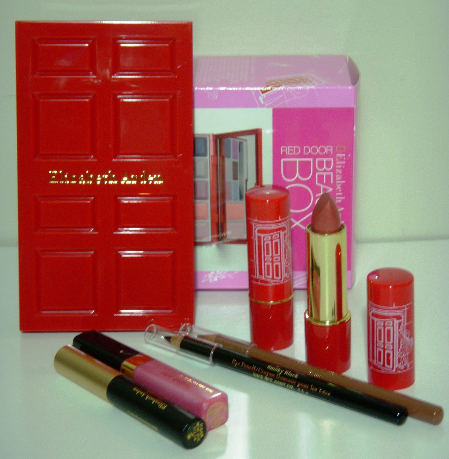 Nikdaaz Cosmetics And Fragrances Elizabeth Arden Red Door Beauty Box