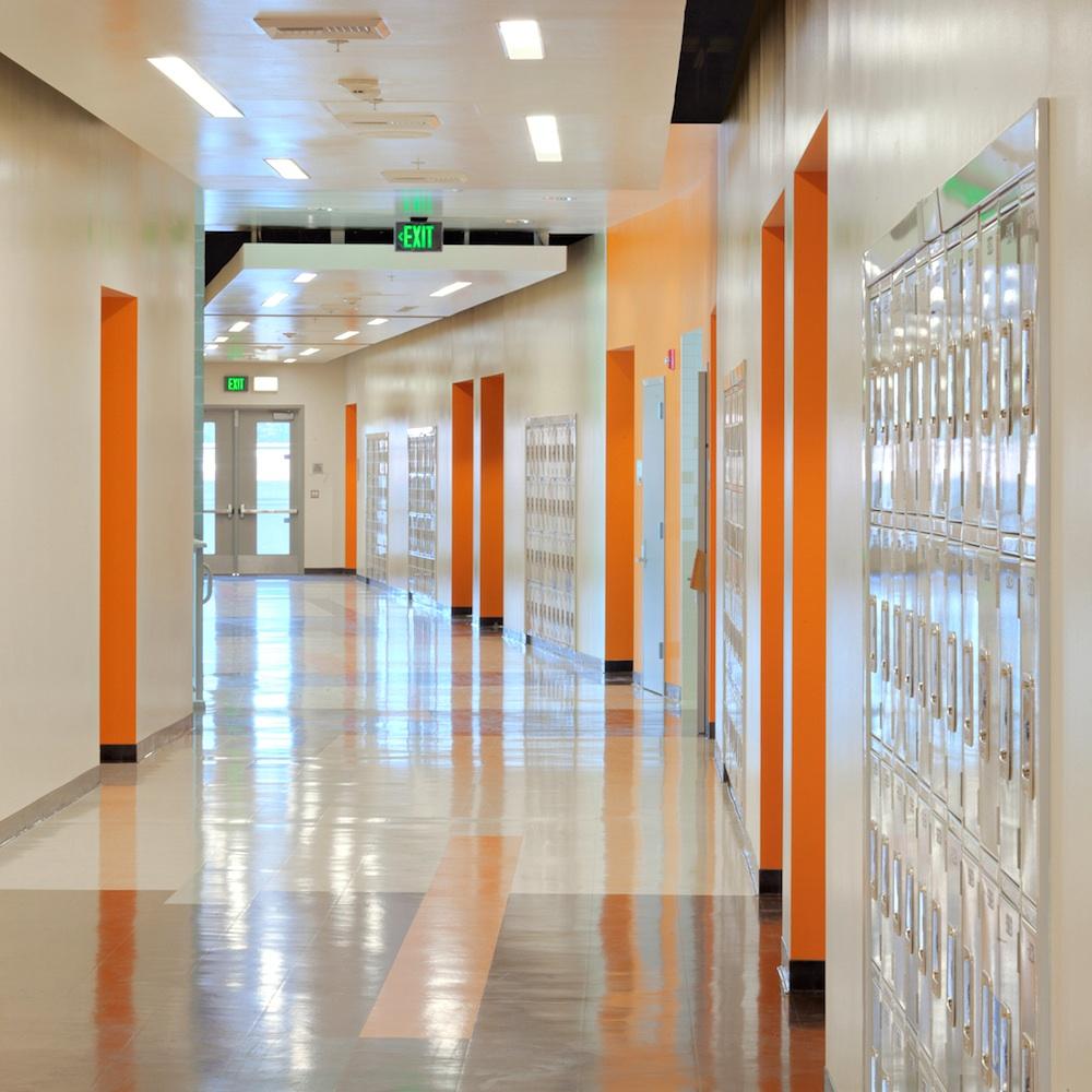 high school courses needed for interior design