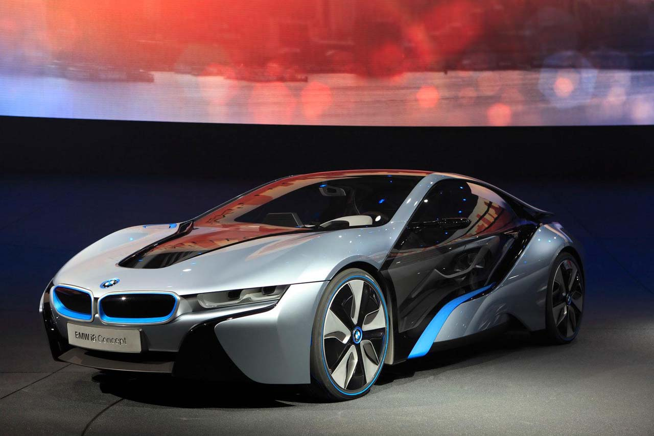 When Fully Charged, The BMW I8 Runs Up To 35 Kilometers (22 Miles) On  Electric Power Only With A Top Speed Of 75 Km/h (47 Mph).