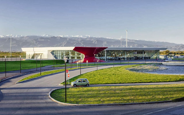 02-Kutaisi-International-Airport-by-UNStudio