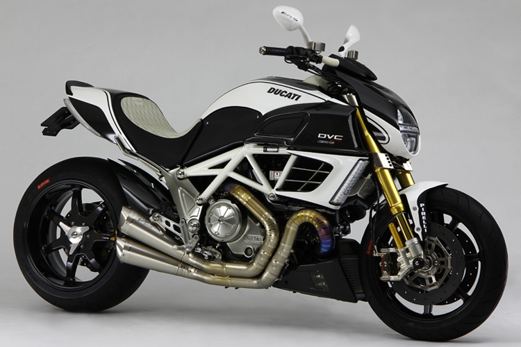 racing caf ducati diavel amg dvc by moto corse. Black Bedroom Furniture Sets. Home Design Ideas