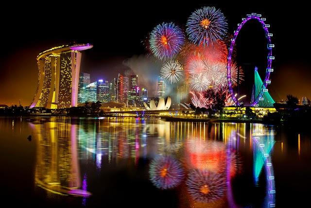 tempat liburan tahun baru, malam tahun baru di singapore, tahun baru di singapore, tahun baru di singapura, tempat wisata tahun baru, kemban api di marina bay, tahun baru di marina bay