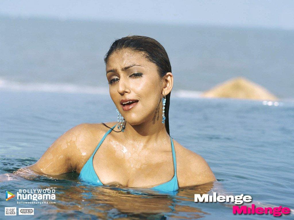 In bikini Chabaria