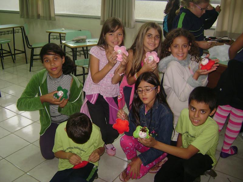 Adesivos De Parede Quarto Infantil Feminino ~ Escola Zona Sul Artesanato no Contraturno