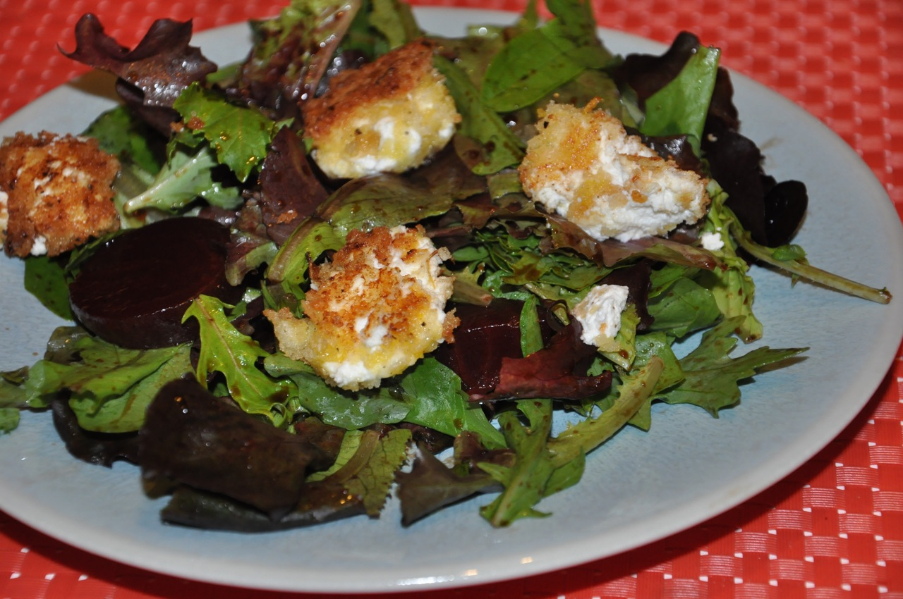 ... Deliciously in LA: Cook: Fried Goat Cheese and Beet Spring Salad