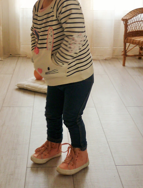 Look mode enfant Primark sweat jean converse