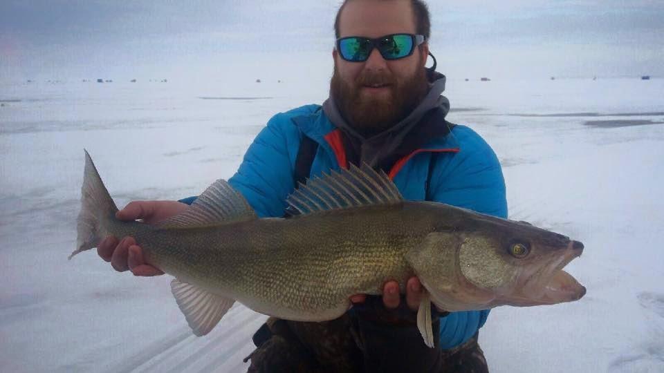 Ohio fishing source walleye fishing through the ice for Ohio fishing season