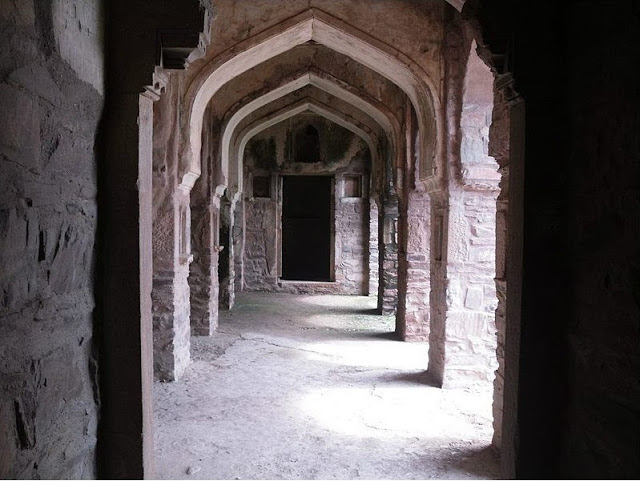 Inner view of Bhangarh Fort