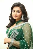 Ragini Dwivedi Glamorous photos in Green Saree-thumbnail-13