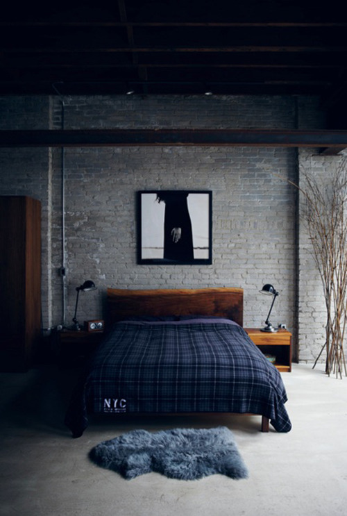 Exposed brick and plaster walls for the interior design of Brick wall bedroom design