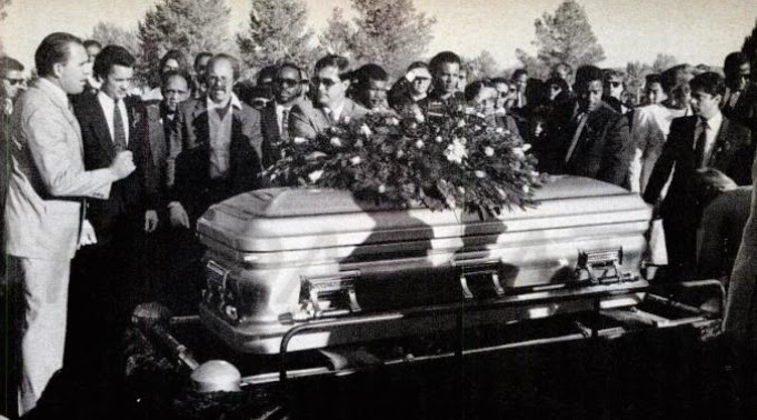 Dearly Departed Tours Hollywood Redd Foxx In The Casket