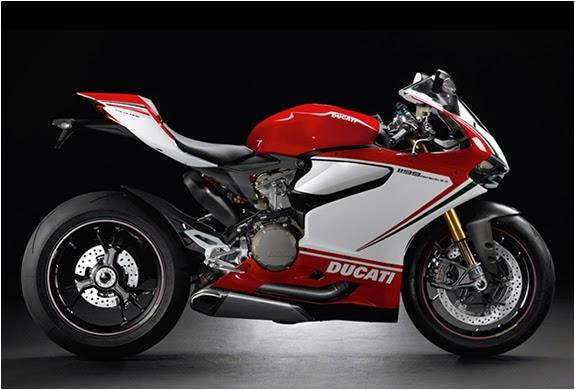 Ducati Superbike 1199 Panigale - Giá Hãng: 17,995 usd - Giá Thị Trường: 46,500 usd