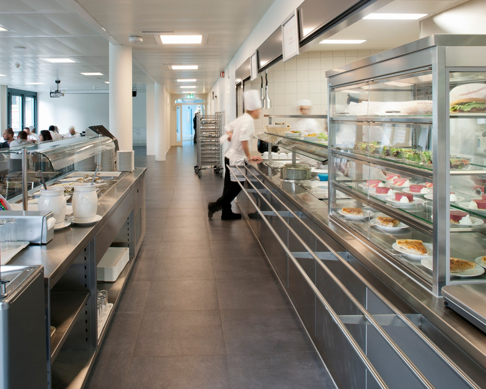 cuisine professionnelle et refectoire _ rsarch | marta lopez de asiain - Amenagement Cuisine Professionnelle