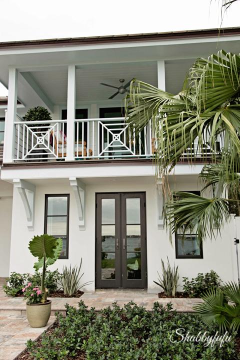 Hgtv Exterior House Colors Top 6 Exterior Siding Options Hgtv Best Home Siding Design Home