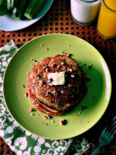 Hotcakes de Calabacita con Nuez - lacocinadeleslie.com