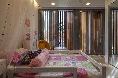 Rumah Minimalis Dengan Fasad Kisi-Kisi 8