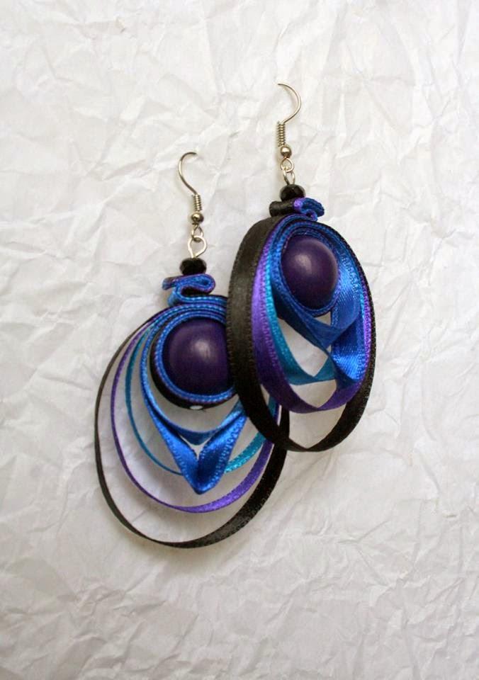 Kerek egyedi kézzel készített fülbevaló kék lila színben
