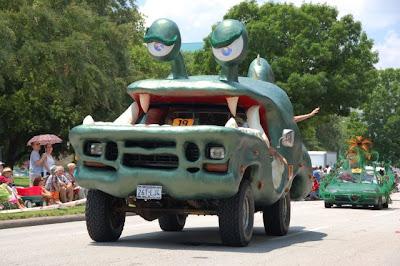 Funny Alien Car