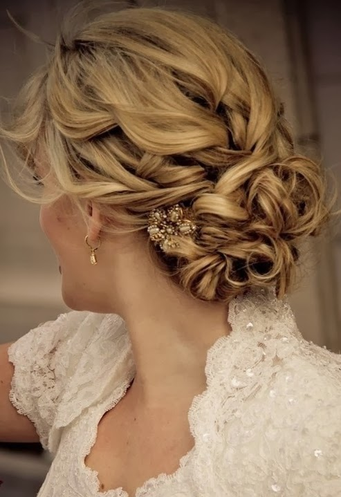 Mother of The Bride Dresses: Hairstyles for Mother of the Bride