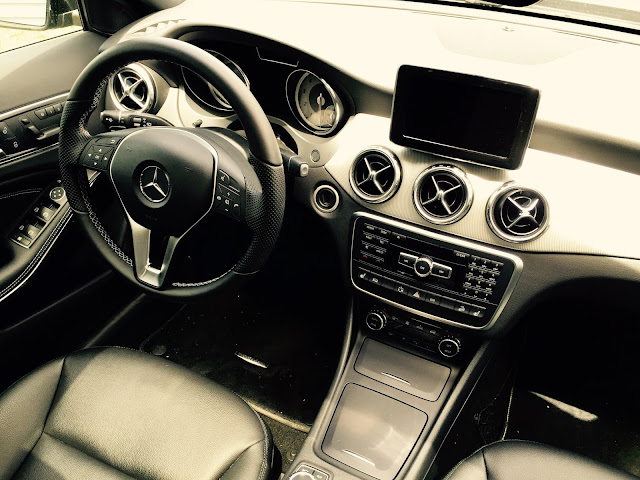 2015 Mercedes-Benz GLA250 4Matic interior