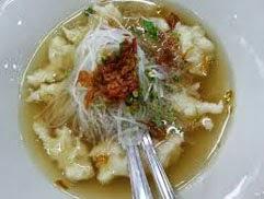 resep praktis (mudah) membuat (memasak) makanan khas Palembang tekwaan spesial enak, lezat