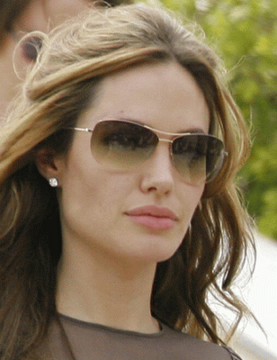 angelina jolie sunglasses. Grab some Pics!..:)