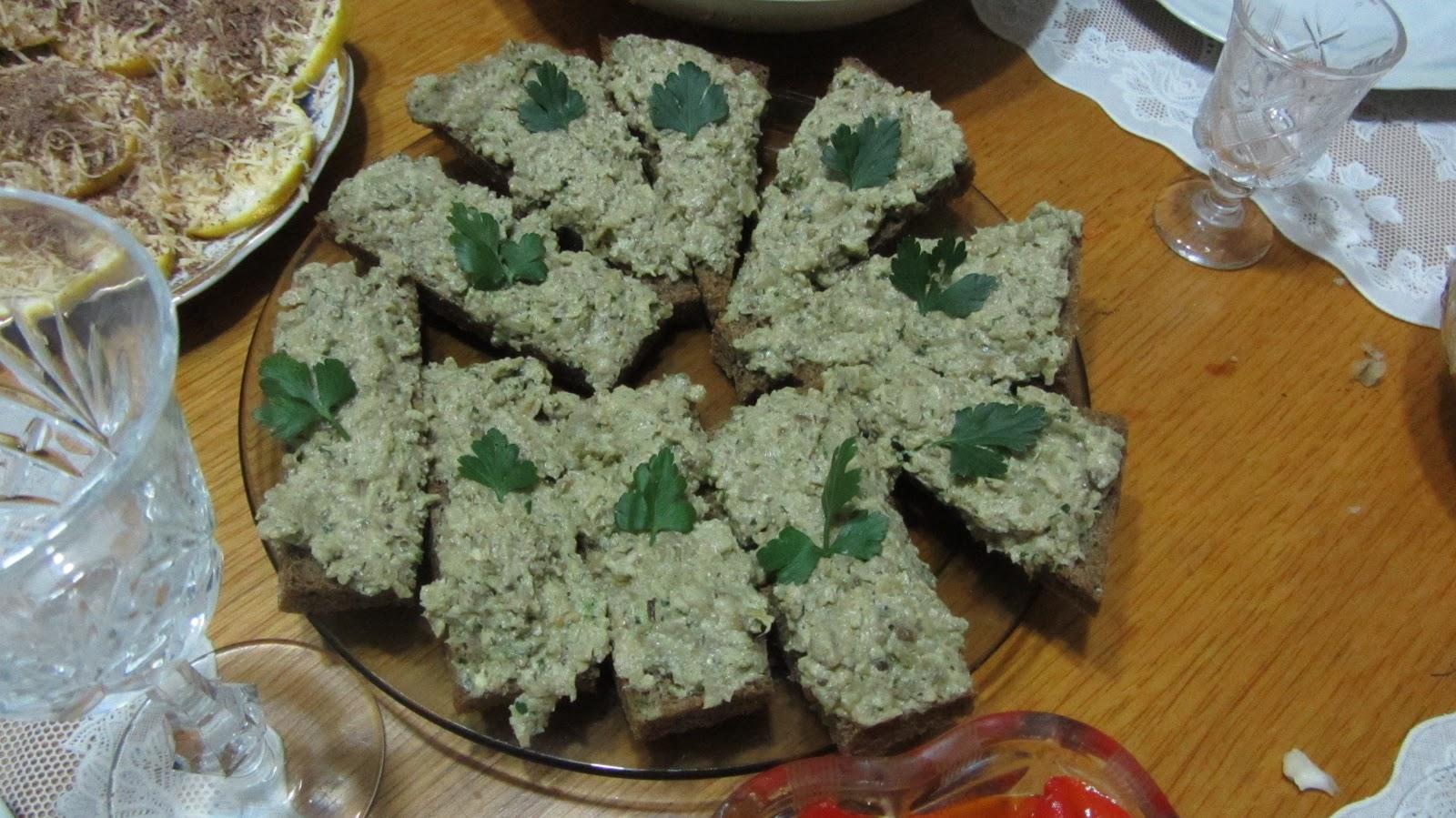 Баклажаны закуска с чесноком