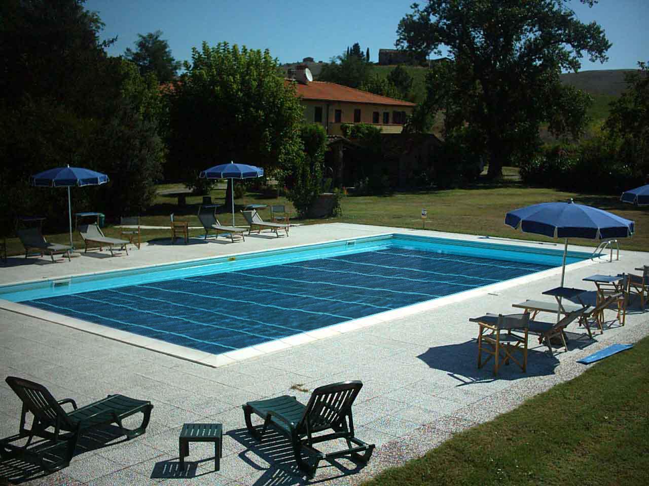 Archi love pannelli solari pannelli fotovoltaici e - Pannelli solari per piscina ...