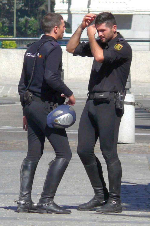search for zac efron bulge police vpl